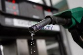 Malaysians, Float With The Floating Fuel Price